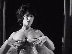 THE FEATHER - vintage striptease