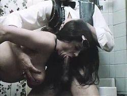 Exzesse in der Frauenklinik (scene)