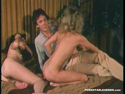 Three porn sluts fucking a dude in group sex