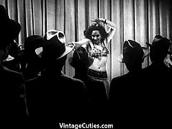 Hot Tamale Carlotta Lights up the Stage (1940s Vintage)